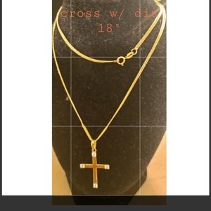 Jewelry - 18K REAL SAUDI GOLD CROSS NECKLACE.
